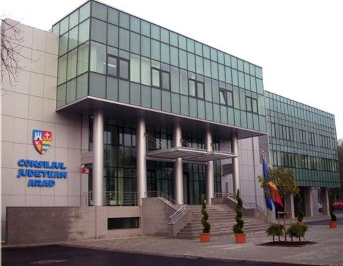 """""""Ziua Porţilor Deschise"""", la Consiliul Judeţean Arad"""