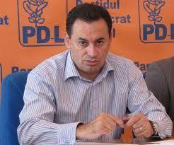 Ancheteonline.ro: Baronul Falcă vrea să-l pună prefect la Arad pe omul ungurilor de la Panfora Oil