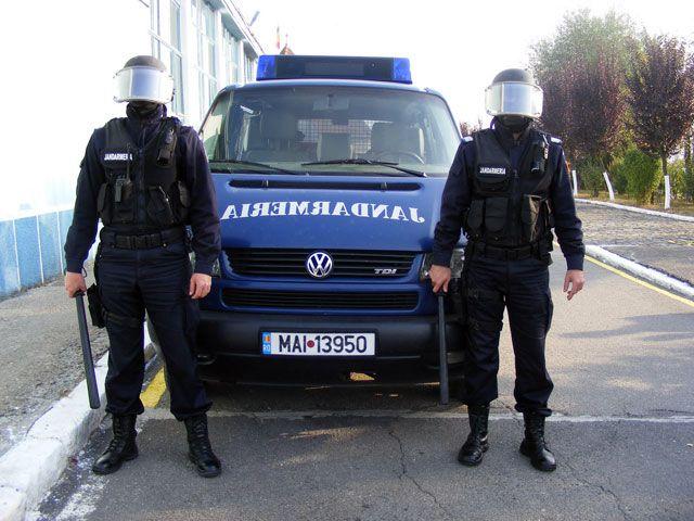 Jandarmii aradeni si-au petrecut sarbatorile in misiuni