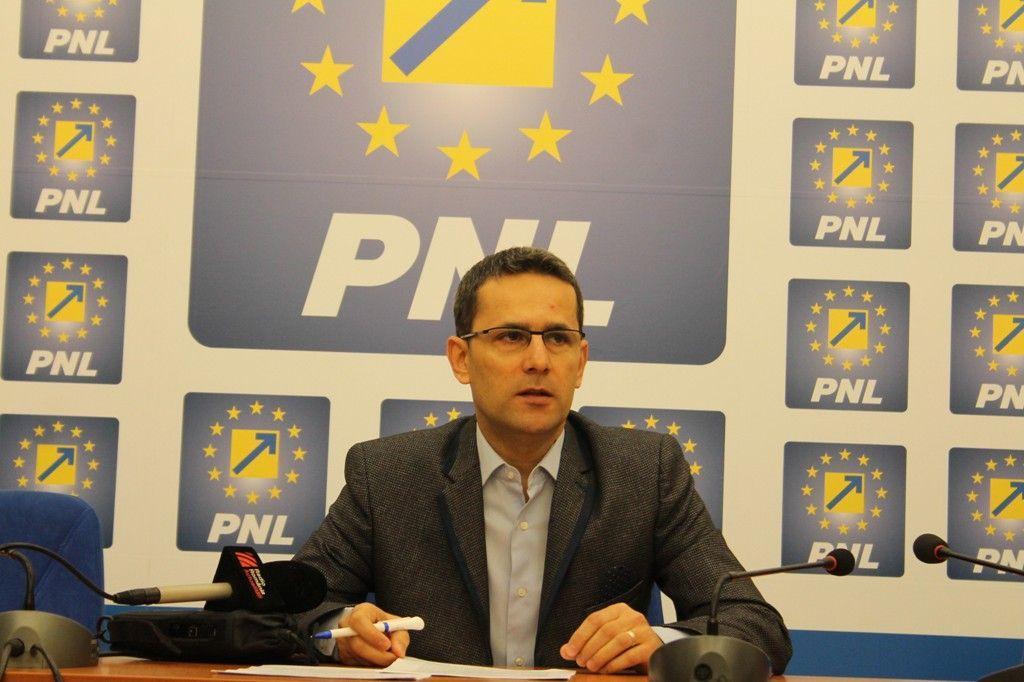 """Adrian Tolea: """"PNL a atacat în justitie refuzul lui Victor Ponta de a organiza alegeri partiale"""""""