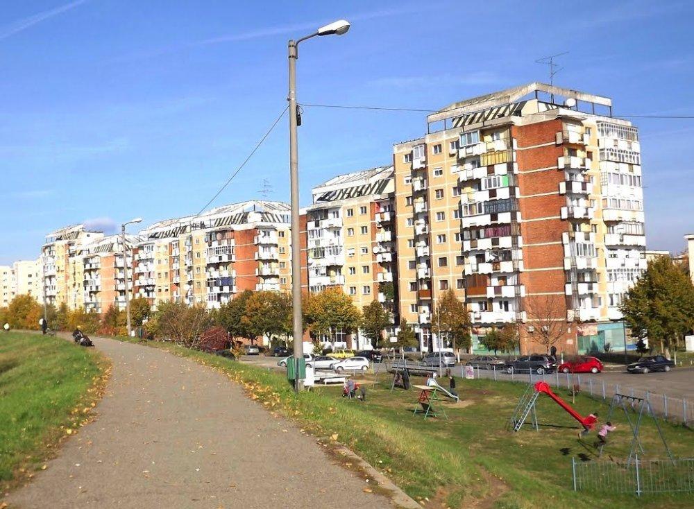 Preţul apartamentelor din Arad și-a continuat scăderea în ultimele şase luni
