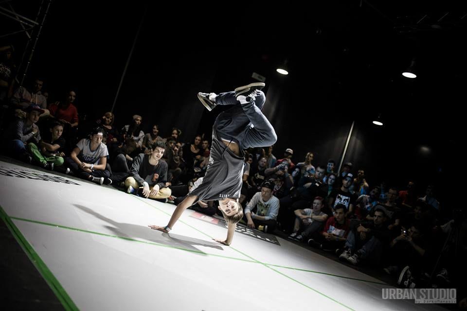 Bogdan Beat Nedelciu castiga titlul de campion national la breakdance