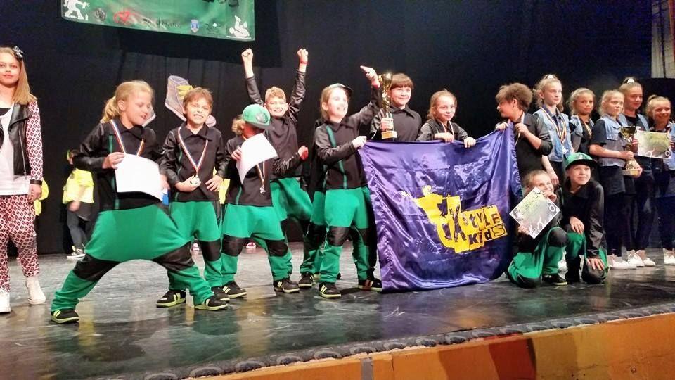 """Trupa X-Style kids Arad a luat loculI la concursul """"Bounce 2015"""" de la Satu Mare"""