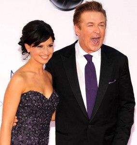alec-baldwin-arrives-his-wife-hilaria