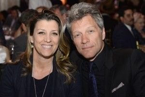NEW YORK, NY - APRIL 09:  Dorothea Bongiovi (L) and Jon Bon Jovi attends the Food Bank for New York City's Can Do awards dinner gala on April 9, 2014 in New York City.  (Photo by Dimitrios Kambouris/Getty Images for Food Bank For New York City)