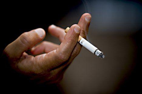 Proiectul privind interzicerea fumatului in spatii inchise a fost adoptat in Camera Deputatilor