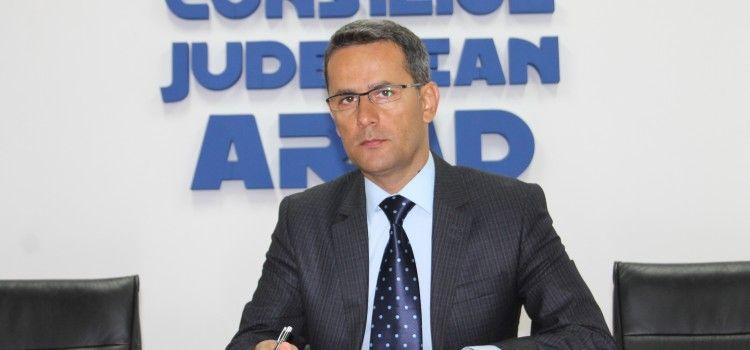 Presedintele CJA, Adrian Tolea,îl acuză pe președintele CJ Timiș de trafic de influență