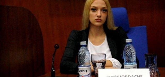 """Ingrid Iordache: """"Andrei Fuliaş se trezeşte vorbind la perete, neargumentat şi fără conţinut"""""""
