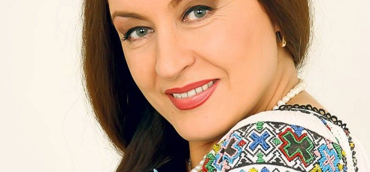 "MARIA DRAGOMIROIU, DEZVALUIRI SOCANTE: ""BANI NU AVEAM SI NE BATEAM PE MAMALIGA!"""