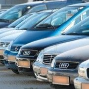 Soferii care conduc masini cu volanul pe dreapta vor fi obligati sa faca cursuri de sofat