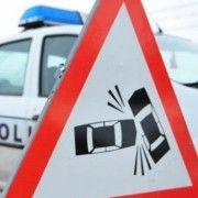 Un șofer este căutat după ce a lovit cu mașina un arădean și a fugit de la fața locului