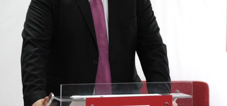 """DOREL CAPRAR:"""" GHEORGHE FALCA TREBUIE SA ISI PREZINTE DEMISIA PENTRU MINCIUNA PUBLICA LEGATA DE REFUGIATI"""