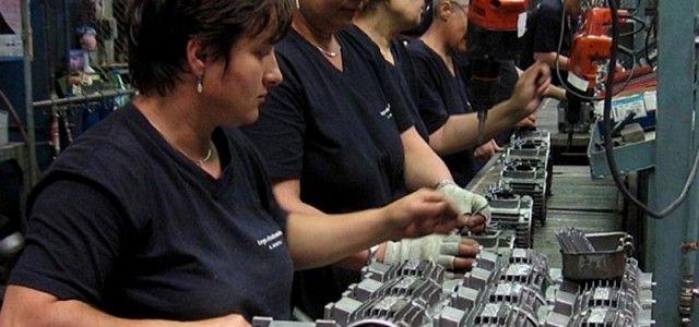 Managerii anticipează o creştere în comerţul cu amănuntul şi număr stabil de salariaţi
