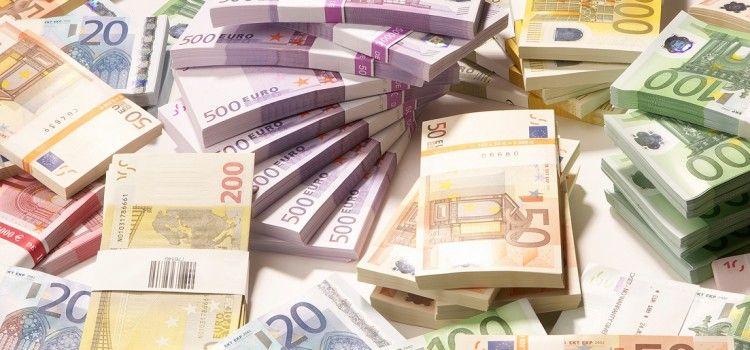 Euro ajunge la un nou maxim istoric. Cursul stabilit de BNR: 4,7759 lei/euro