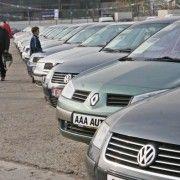 Jumătate dintre şoferii români afectaţi de criza Covid-19 au amânat achiziţia unei maşini (sondaj)