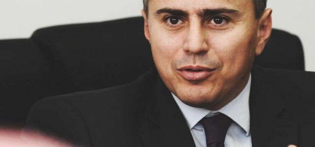 Tehnocratul care dorea impozitarea românilor fără venit este plin de firme offshore și bani