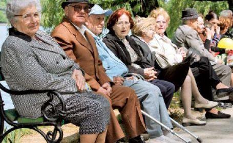 """Direcția de Asistență Socială Arad organizează """"Ziua internațională a persoanelor vârstnice"""""""