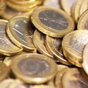 EURO A INCEPUT SA SCADA CONSIDERABIL, AJUNGAND LA DOAR 4.4763 LEI
