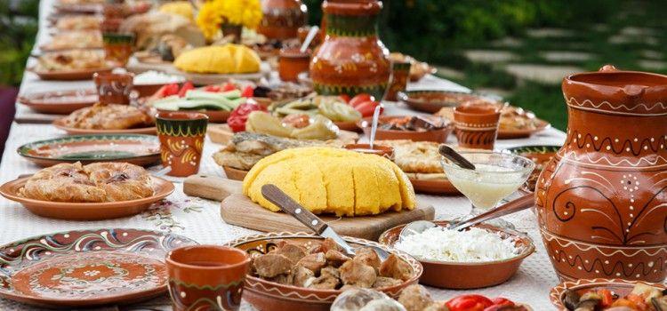 Pizza și puiul continuă să fie în topul preferințelor românilor
