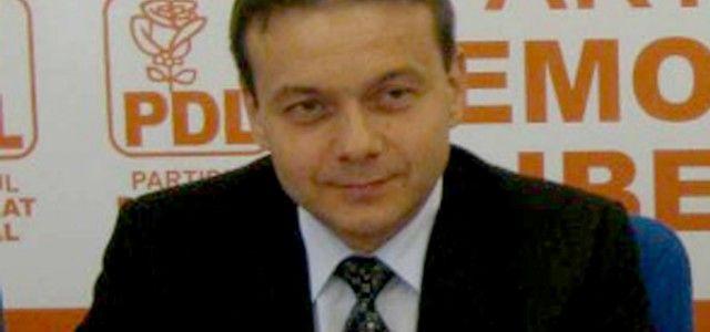 Scindare la Nădlac: Consilierul judeţean Mircea Onea candidează independent la Primăria Nădlac