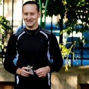 Cristian Onofrei, jandarmul anului,  aleargă pe distanța dintre Galați și București, în memoria victimelor atentatelor teroriste