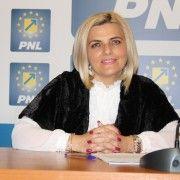 """Simona Stan: """"PSD să nu mai tergiverseze Legea privind concediul de maternitate și creșterea indemnizațiilor pentru mame"""""""