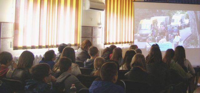JANDARMII ARADENI DEMAREAZA CAMPANIA DE PREVENIRE A FAPTELOR ANTISOCIALE