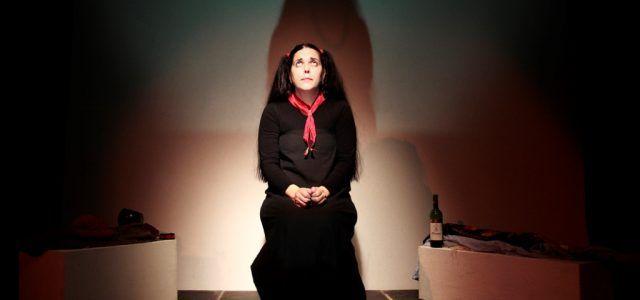"""Astă seară """"Amalia respiră adânc"""", la Teatrul de Vară"""