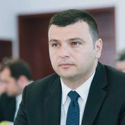 """Sergiu Bîlcea: Continuă programul """"100 de străzi pentru Arad"""""""
