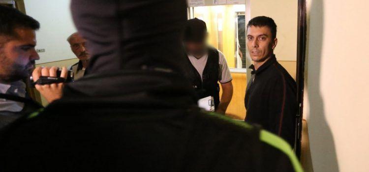 Doi polițiști de frontieră din Arad ridicați de DIICOT, în această dimineață