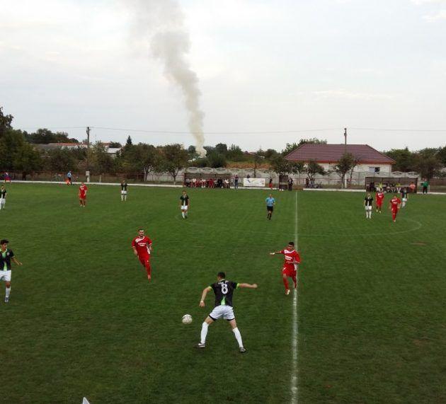 Derby-ul neînvinselor în Liga 4 Arad. Vezi programul etapei
