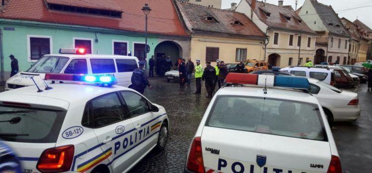 Un urs sălbatic a apărut în orașul Sibiu, fiind împușcat de către autorități (VIDEO)
