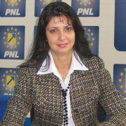 """Mariana Cismșiu (PNL): """"6443 de elevi din orașul nostru vor beneficia de burse repartizate pe fiecare unitate de învățământ"""""""