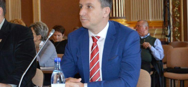 Beniamin Vărcuș : PNL Arad se opune scăderii tarifelor la energia termică