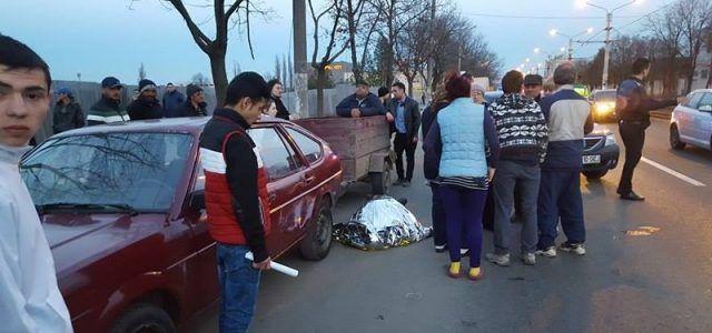 Un preot din Arad a murit subit pe o alee în apropiere de un mall