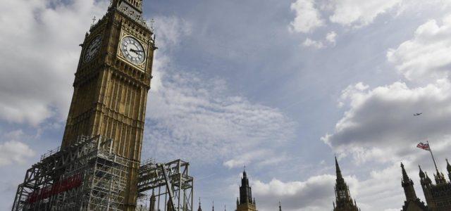 Big Ben a fost redus la tăcere!