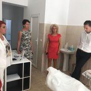 Prefectul Aradului a vizitat câteva unități de învățământ, declarându-se satisfăcut!