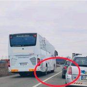 Poliția Arad a suspendat un permis de conducere după o poză apărută pe un grup dintr-o rețea de socilaizare