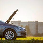 Cum să îți dai seama ce s-a stricat la mașină, fără să mergi la un service auto?