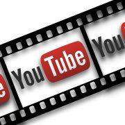 Cum sa fii un vlogger de succes. 3 vloggerite romance vorbesc despre youtube, pasiuni si venituri