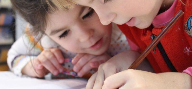 Conform surse Antena 3, anul școlar începe în 14 septembrie în două sisteme