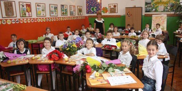 """""""10 PENTRU SIGURANȚĂ"""". Campanie la nivel național, pentru un an școlar fără evenimente neplăcute"""