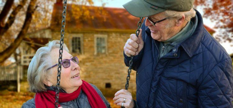 Fenomenul de îmbătrânire demografică s-a accentuat în România (INS)