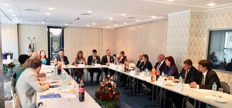 Întâlnire transfrontalieră a procurorilor din România şi Ungaria