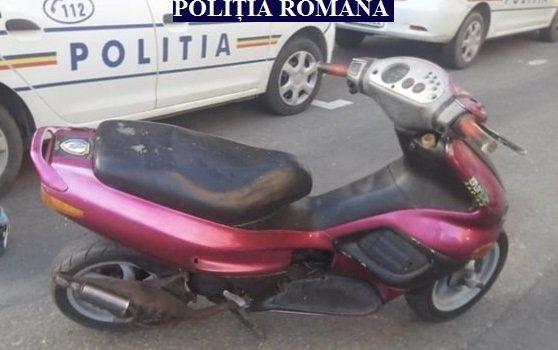 Polițiștii din Vlaicu au prins un bărbat care a încercat să fure un moped