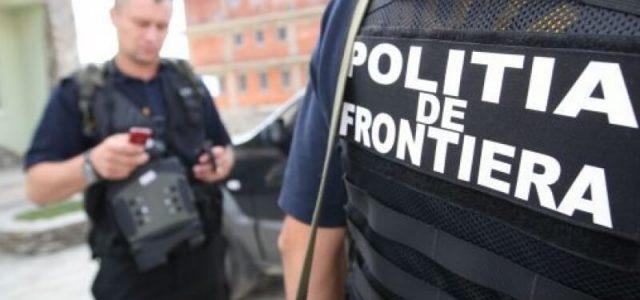 Două taxiuri pline cu refugiați au fost descoperite în apropierea frontierei cu Ungaria