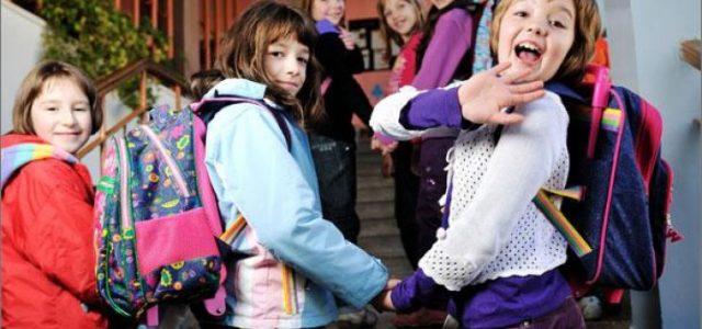 Copiii de grădiniţă şi din învăţământul primar intră în vacanţă