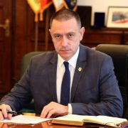 """Mihai Fifor: """"PNL încalcă mai multe principii democratice, încercând să impună alegeri în două tururi la primari"""""""