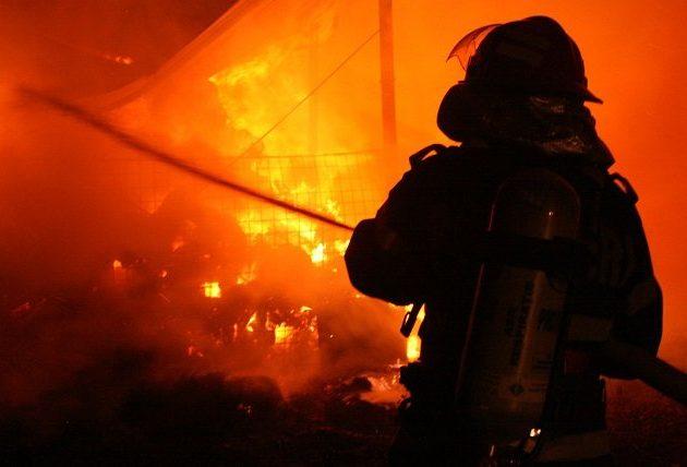 Incendiu la o benzinărie din Vinga
