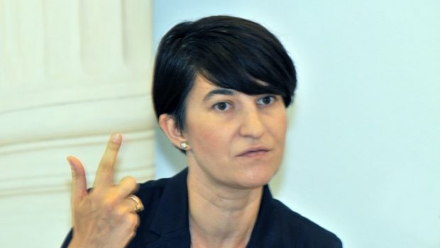 Ministrul Muncii anunţă o reducere a structurii ministerului